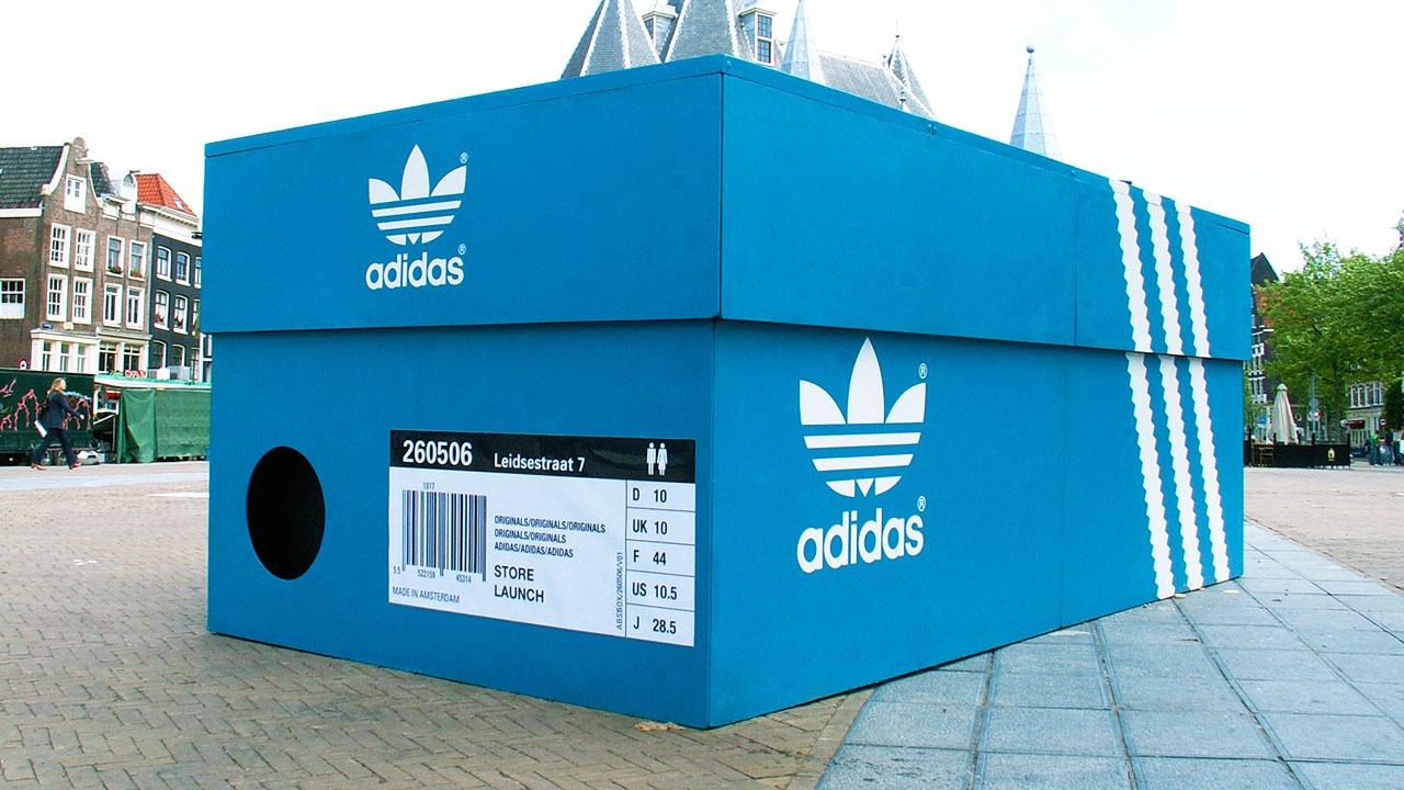Adidas-shoebox-brand-activation