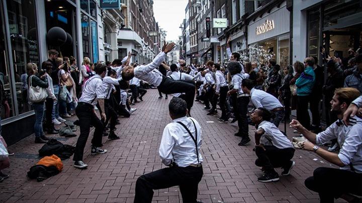 Pandora-flashmob-guerilla-actie-marketing