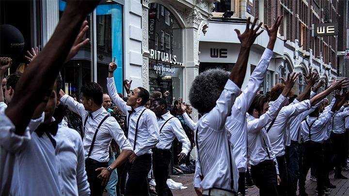 Pandora-flashmob-PR-marketing-stunt