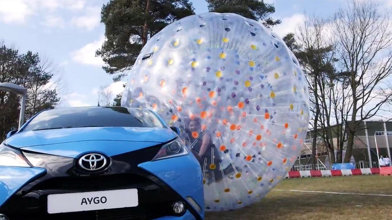 Toyota-Bubble-Run-merk-activatie