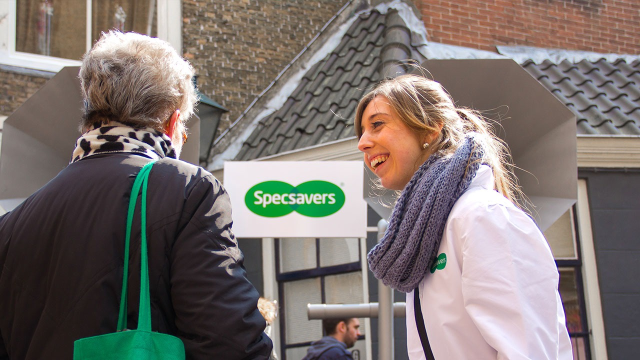 Specsavers-horen-guerilla-marketing-actie
