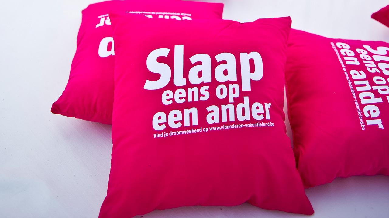 Toerisme-Vlaanderen-Mega-Hemelbed-brand-activation